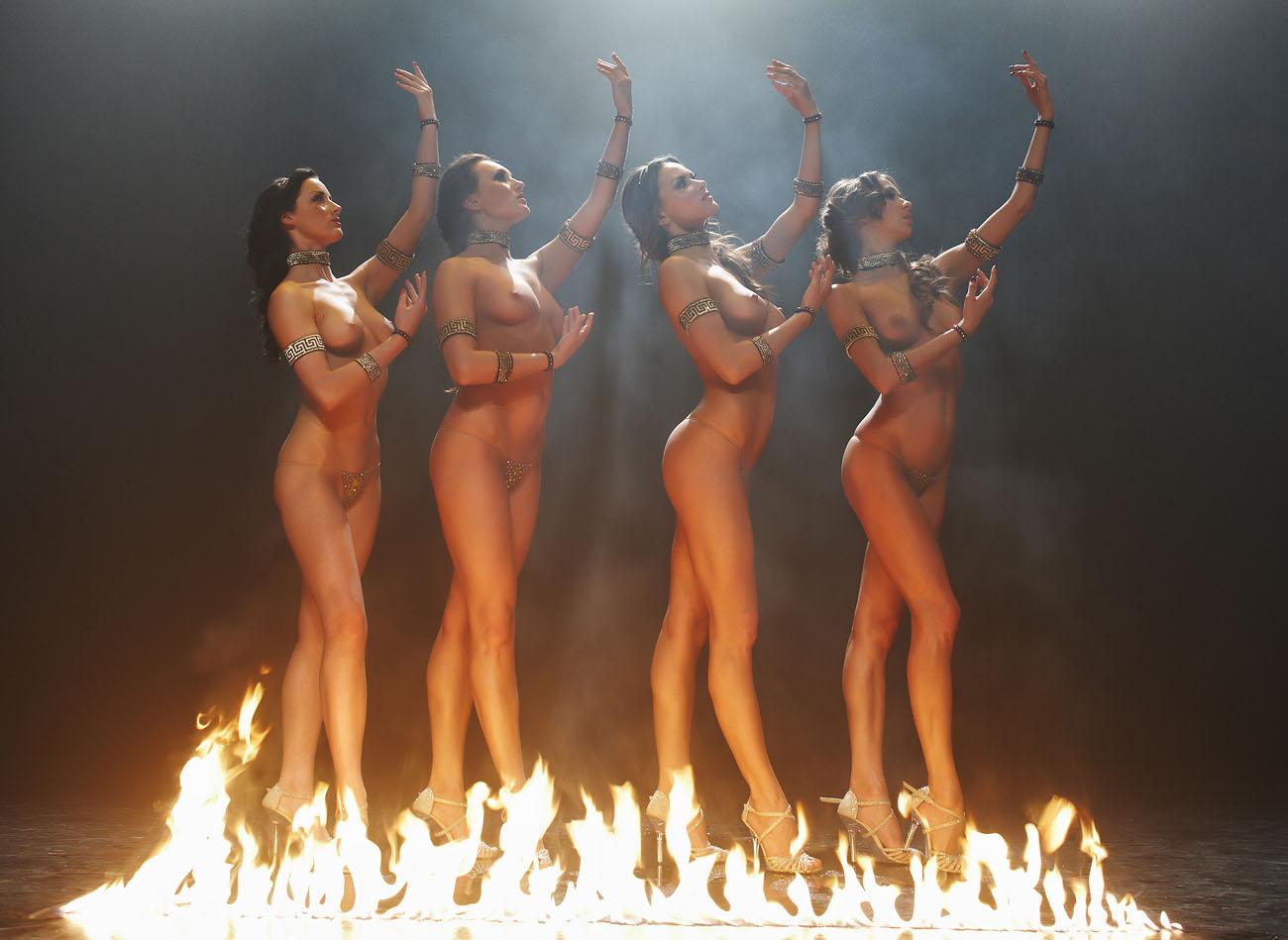 Смотреть эро шоу балет, Порно видео онлайн: ТанцыШоу 15 фотография
